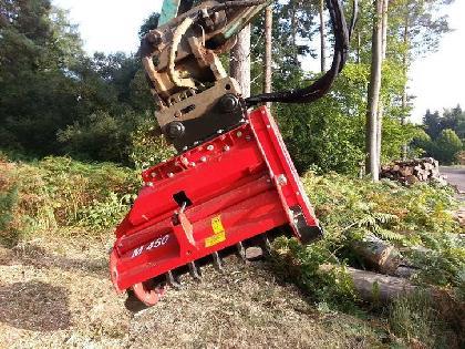 "Trituradoras AgriWorld Trituradora Forestal M450e-1100"""