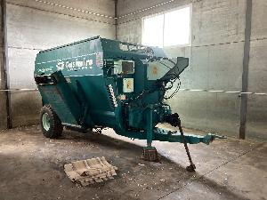 Buy Online Livestock Trailers CASIMIRO remolque  star system  second hand
