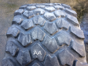 Offers Inner tubes, Tires and Wheels MICHELIN 24r21  xzl 176g tl used aa used
