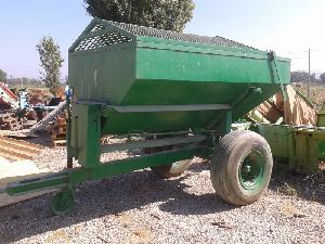 Offers Trailed Fertilizers Vicon ps 3000 e used