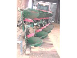 Buy Online Drawn Ploughs Regent satur 340  second hand