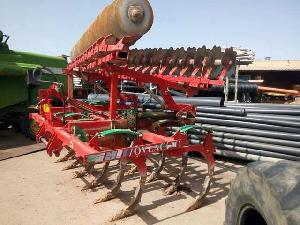 Buy Online Chisel Plows Ovlac con grada  second hand