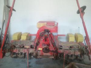 Offers Precision Seeder Rau  used