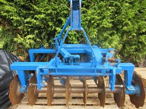 Offers Disc Plows Unknown v16m used