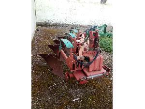 Offers Drawn Ploughs Kverneland arado fijo con ballestas used