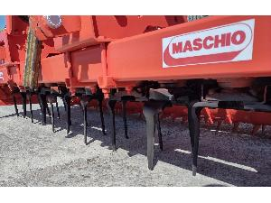 Offers Rotative harrows Maschio 3 metros con rodillo packer ref.94r63 used