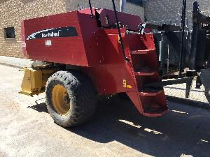 Sales Packing machines New Holland bb920 con carro Used