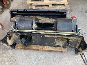 Sales Accessories Combine Harvester New Holland esparcidor soplador de tamo Used
