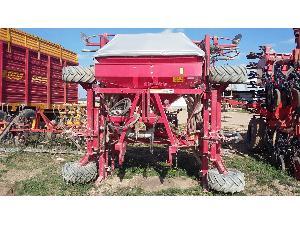 Verkauf von Einzelkornsämaschinen Accord sembradora neumatica 4.80 accor + preparador elev. del. gebrauchten Landmaschinen