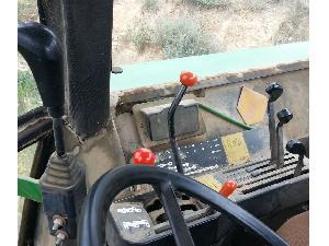 Verkauf von Zubehör für Schlepper John Deere 4240 gebrauchten Landmaschinen