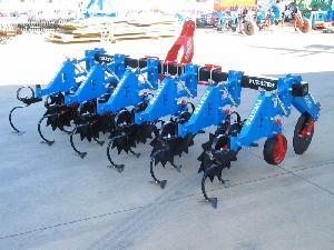 Verkauf von Präzisions Grubber binador FUERTES fcb gebrauchten Landmaschinen