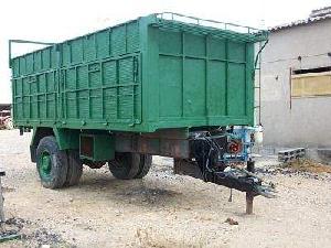 Verkauf von Kipper Anhänger Uriach Gombau rb4 gebrauchten Landmaschinen