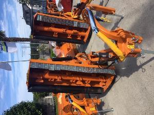 Verkauf von Zubehör Berti trituradora gebrauchten Landmaschinen