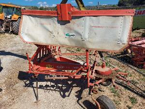 Verkauf von Grünlandtechnik. Schwadkreisel Kuhn rastrillo gebrauchten Landmaschinen