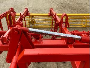 Verkauf von Grubber Lotario 15 brazos ref.94r97 gebrauchten Landmaschinen