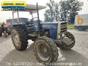 Acheter en ligne Tracteurs agricoles Ebro 6067  d'occasion