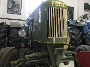 Acheter en ligne Tracteurs anciens Fendt fent dieselross  d'occasion