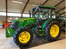 Tractores agrícolas  5085M John Deere