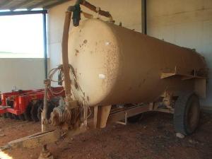 Comprar online Cisterne per liquami Sconosciuta 8000 de segunda mano