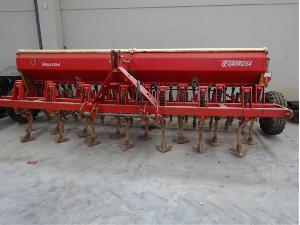 Venta de Seminatrici meccaniche in linea LARROSA sembradora usada  4 metros con cultivador y rastra usados