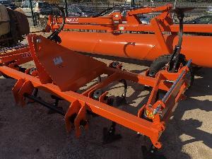 Venta de Cultichissel Noli cultivador 11 brazos manual usados