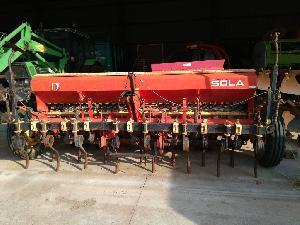 Comprar on-line Colheitadeira-batedeira de sementeira Sola 3,5 metros em Segunda Mão