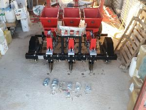 Venda de Plantador JJ Broch maquinaria para el cultivo completo del ajo usados