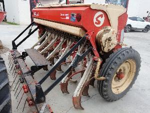Ofertas Semeadores em linha mecânicos Sola sembradora solà supercombi 250 De Segunda Mão