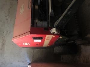Venda de Atadeira de fardos redondos Vicon rotoempacadora usados
