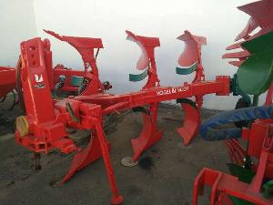 Offers Mouldboard Ploughs Vogel Noot trisurco used