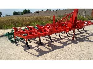 Offers Semi Chisel plow Semichisel 17 brazos used