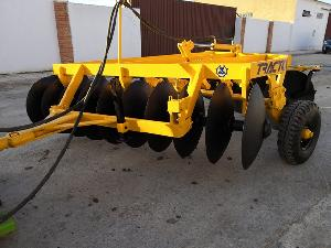 Offers Harrows Tractomotor 20 discos used