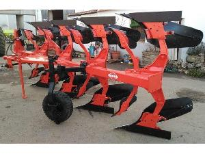 Offers Mouldboard Ploughs Kuhn cuatrisurco used