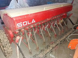 Offers Combine Drill Sola sembradora  supercombi 17 rejas con rastra used