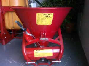 Buy Online Centrifugal Fertiliser Spreader RUIZ GARCIA J&J 300 litros centrífuga minitractor  second hand