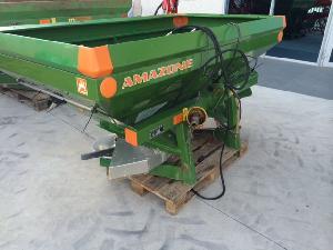Offers Mounted Fertiliser Spreader Amazone zam-premis used