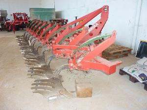 Offers Drawn Ploughs LARROSA 9 cuerpos used