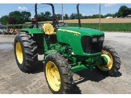 Tractores agrícolas 5055E John Deere