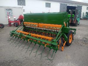 Offers Mecanic precision seeder Amazone d8 - 30 super used
