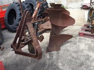 Buy Online Mouldboard Ploughs BAUZA arado fijo 2 surcos  second hand