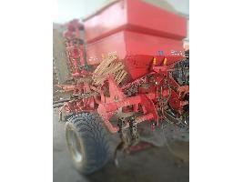 Sembradoras de siembra directa SOLA 799 Sola