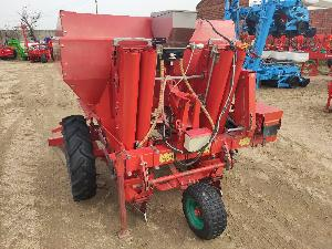 Offers Potato planter Underhaug 2 surcos used