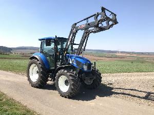 Venta de Tractores agrícolas  T4.75 new holland usados