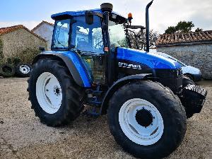 Comprar online Tractores agrícolas New Holland  de segunda mano