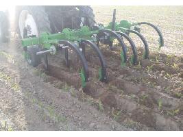 Cultivadores Aricador, estancador, cultivador para hacer hoyas o pozas (para remolacha, maíz, girasol) Magrican