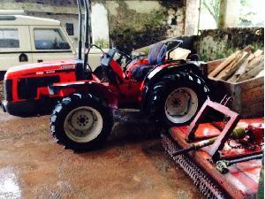 Venta de Tractores agrícolas Antonio Carraro trf8400 usados