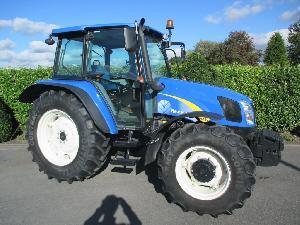 Venta de Tractores agrícolas New Holland t5040 usados