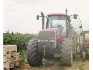 Comprar online Tractores agrícolas Case IH mx 200 de segunda mano