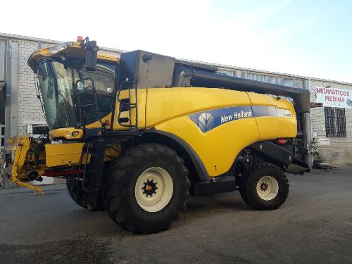 Erntemaschinen cereale New Holland CX8060