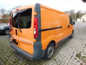 Camiones de obra Opel VIVARO 2,5 CDTI  KASTENWAGEN